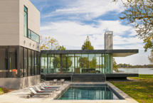 Spectacular glass house on Maryland's Eastern Shore